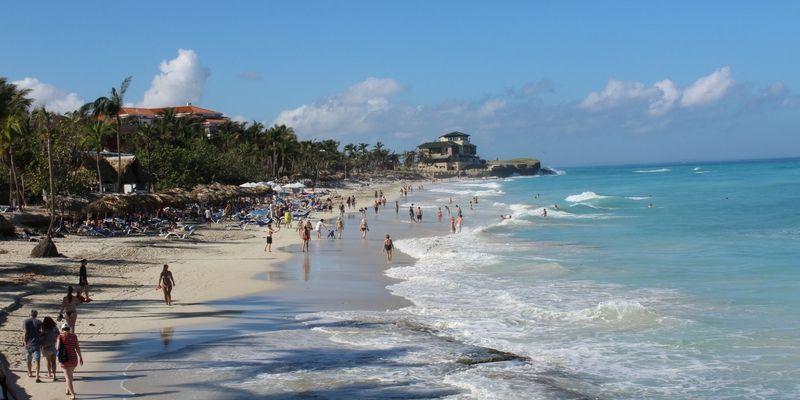 La playa de Varadero ganó metros de arena luego del paso del huracán Irma.