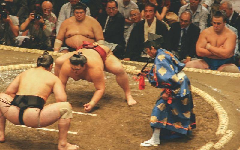 Una disputa del tradicional sumo