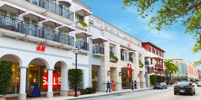 CityPlace es el distrito de compras más destacado.