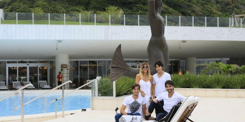 Juan Darthés en familia disfrutando de Río.