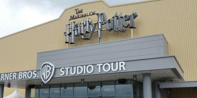La entrada al Harry Potter Warner Studio Tour.