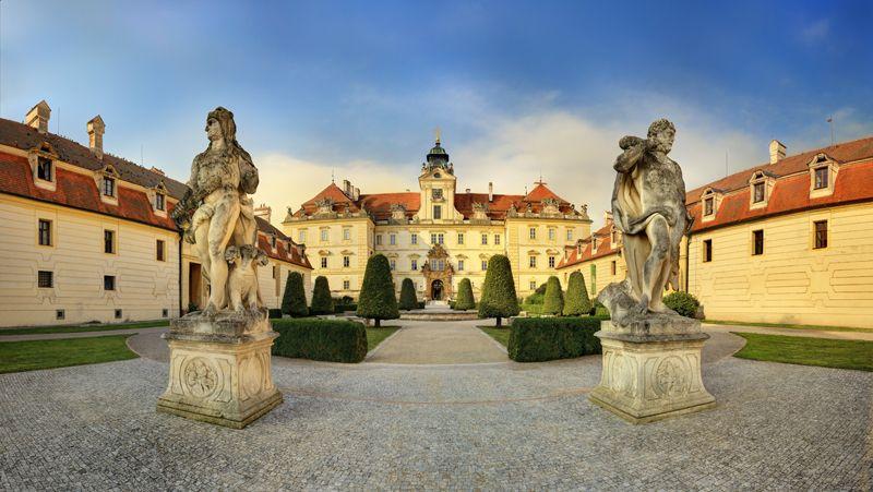 La región de Moravia atesora el imponente Palacio de Valtice.