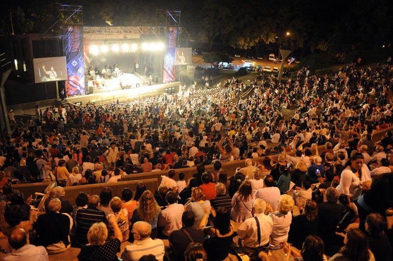 Rosario también tiene su espacios para los espectáculos.