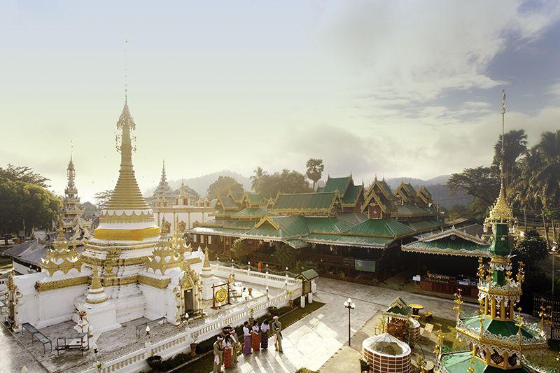 En Bangkok es posible visitar monumentos históricos y restaurantes de vanguardia.