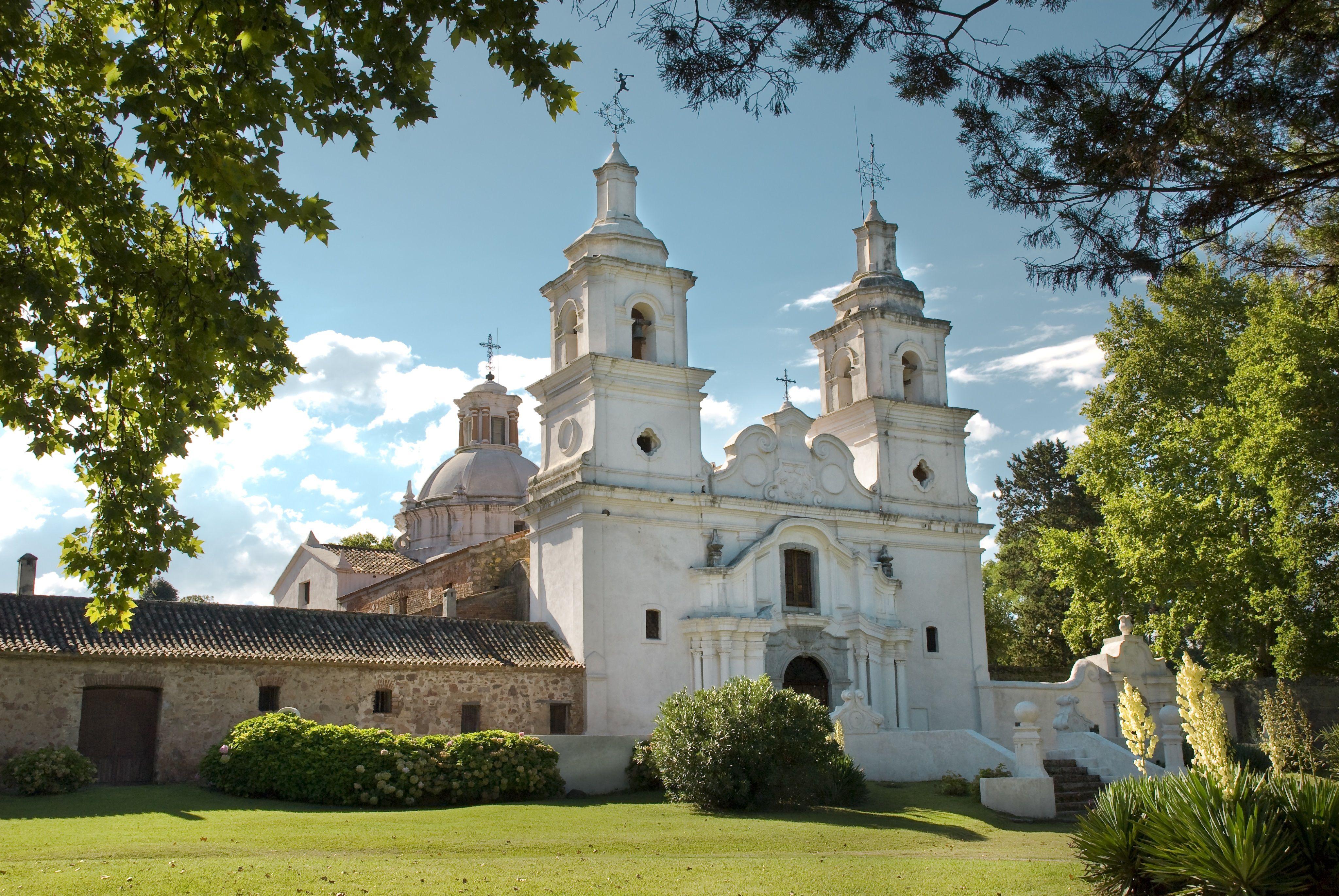 La Estancia de Santa Catalina conserva el mayor conjunto edificado por la Compañía fuera de la ciudad de Córdoba.