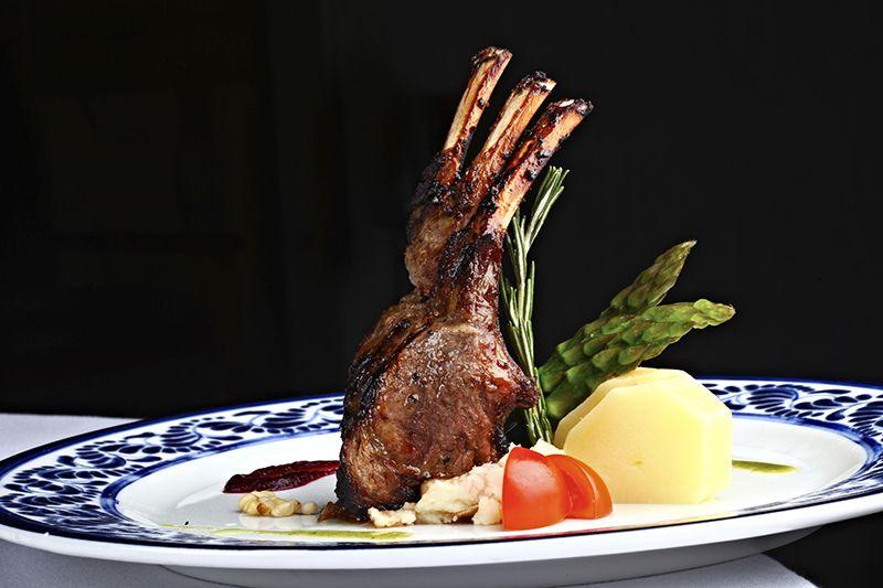 La gastronomía es variada y de calidad en todos los restaurantes.
