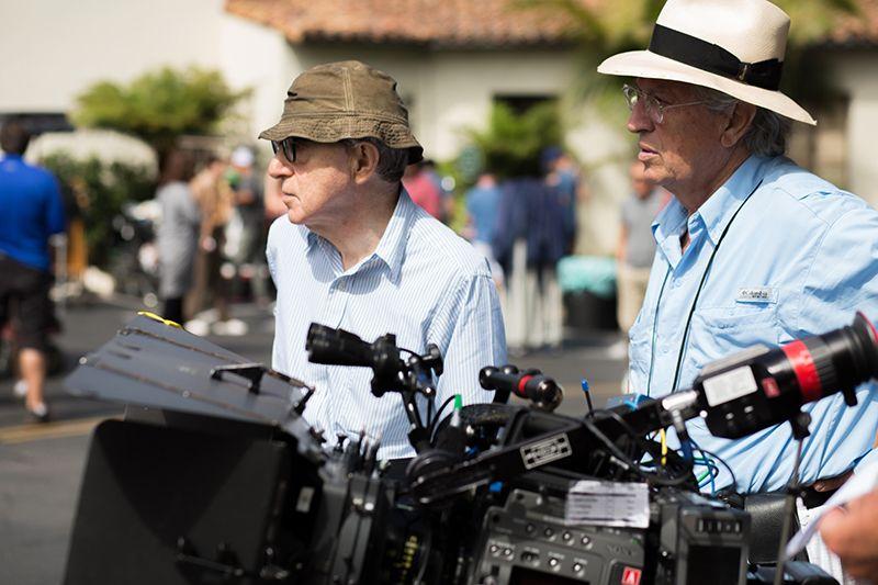 """Woody Allen en pleno rodaje de """"Café Society""""."""