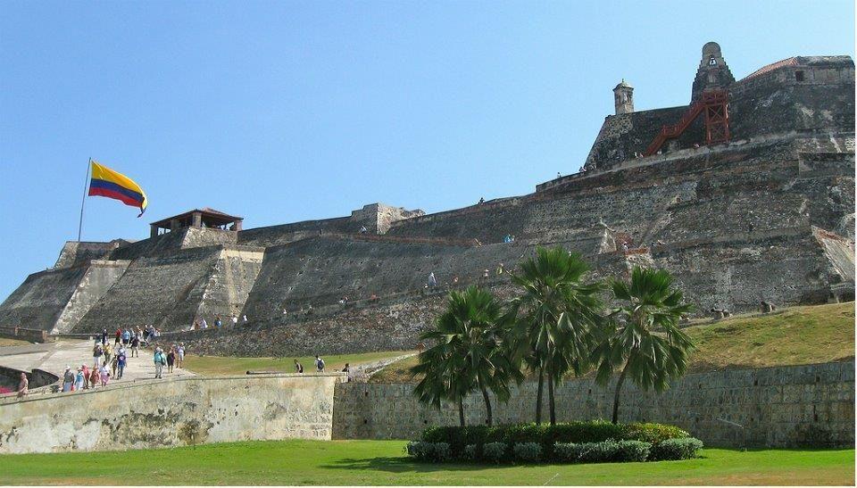 Las murallas preservan tesoros históricos de la ciudad.