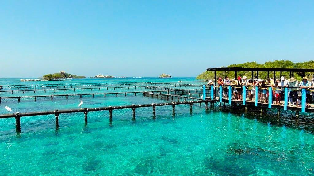 Una de las opciones de Cartagena es conocer las playas que se encuentran en las inmediaciones.