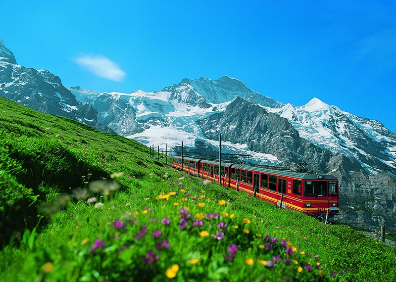 El Jungfraubahn conduce a Jungfraujoch-Top of Europe