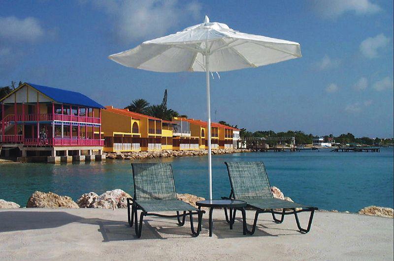 Hoteles y resorts de categoría conforman parte de la infraestructura turística.