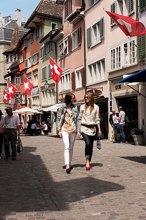 Un paseo por las calles de Zúrich debe incluir alguna compra de ricos y buenos chocolates.
