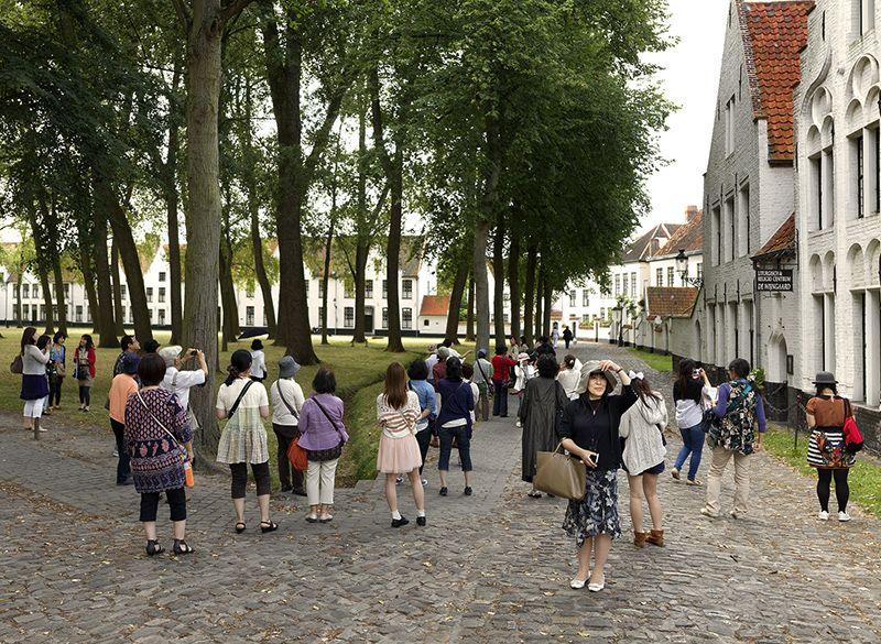 En varios sitios de la ciudad se aprecian este conjunto de casas blancas y prolijas