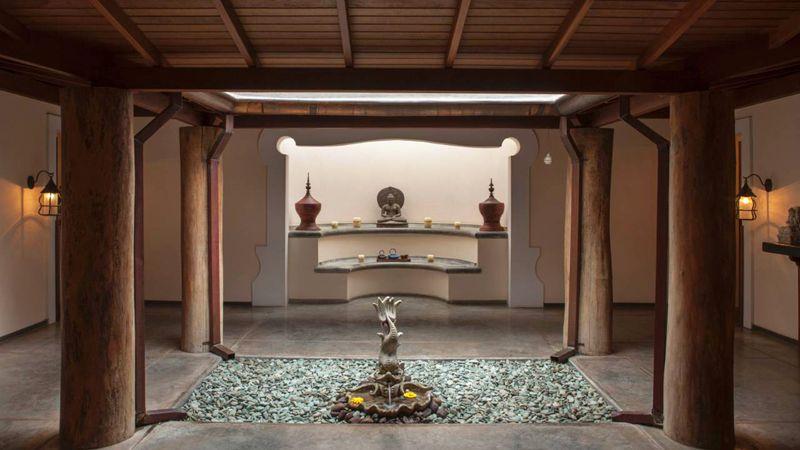 El ingreso al área del spa nos da una idea de la atmósfera que disfrutaremos allí.