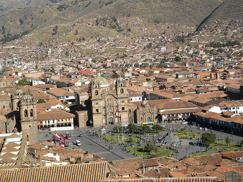 La plaza de Armas desde la altura del barrio de San Cristóbal