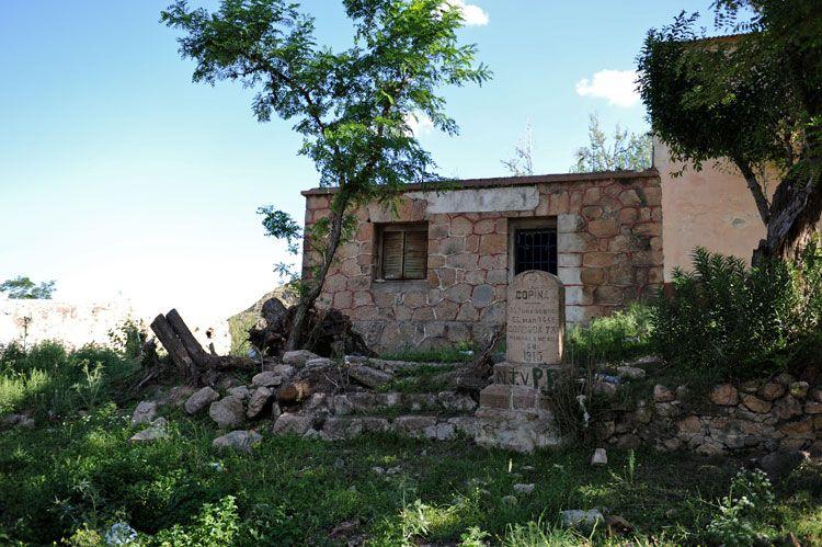 El pueblo semi abandonado de Copina