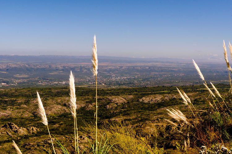 La Pampa de Achala domina buena parte de la geografía de la zona.