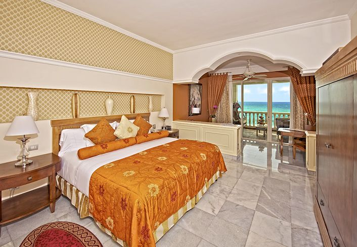 El Iberostar Grand Hotel Paraíso.