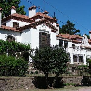Residencia del escritor Manuel Mujica Lainez.