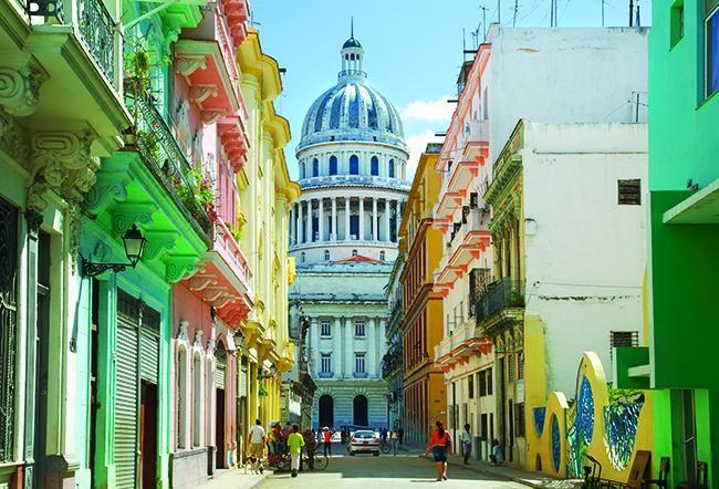 Cuba: bailar al son de la historia