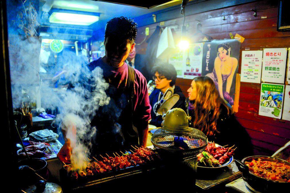 Los platos japoneses son elaborados con materia prima noble y a la vista de los comensales.