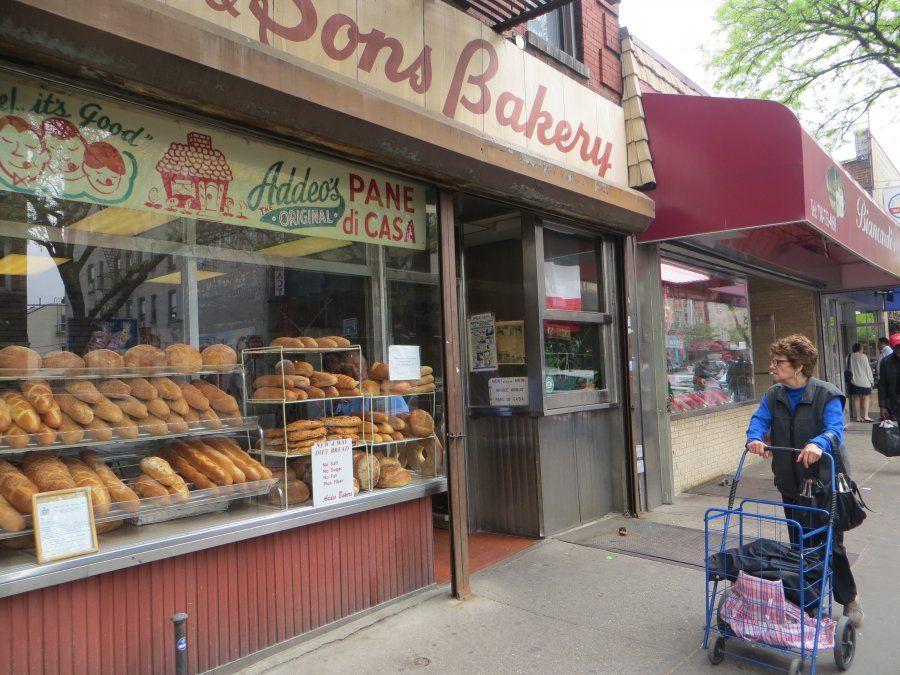 Típicas panaderías italianas en Arthur Avenue.