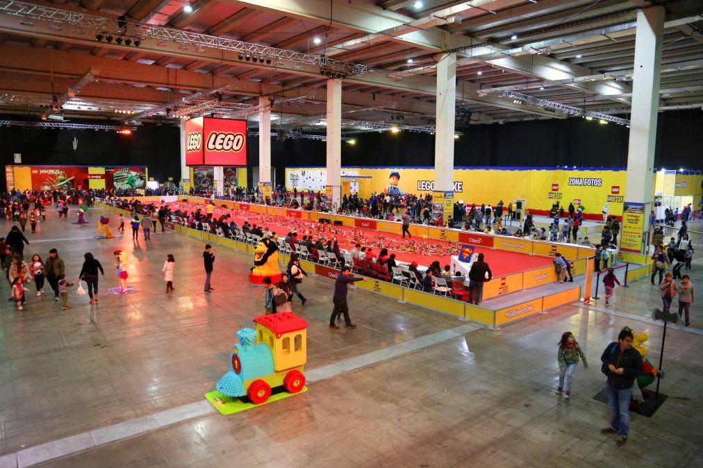 Hasta el 23 de diciembre se puede visitar la exposición dedicada a LEGO.
