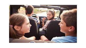 Vacaciones: ¿Cómo viajar en auto con chicos y no morir en el intento?