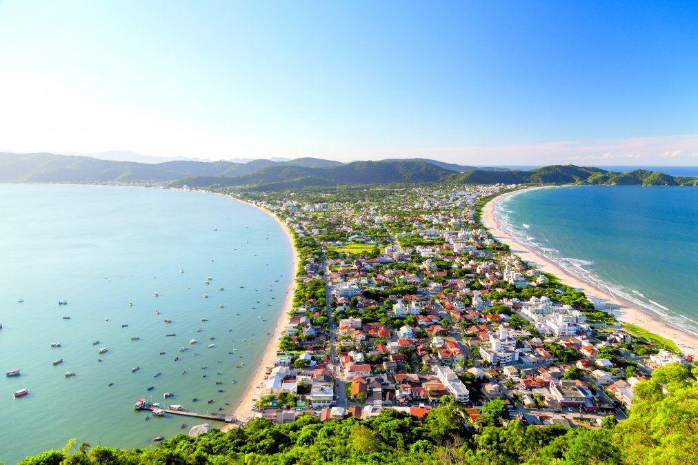 Sobre una península en el municipio más pequeño de Santa Catarina