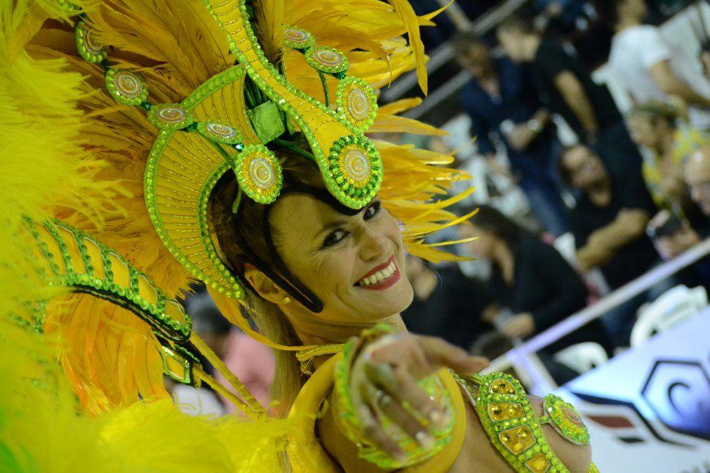El carnaval de Gualeguaychú se extiende durante tres horas de pura diversión