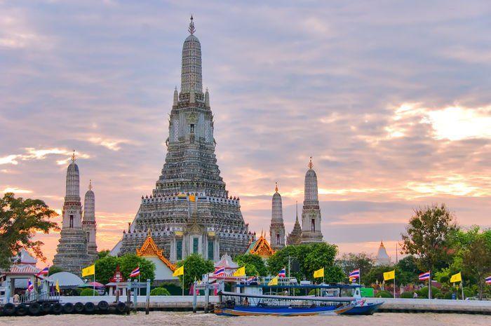 Bangkok tiene más de 400 wats