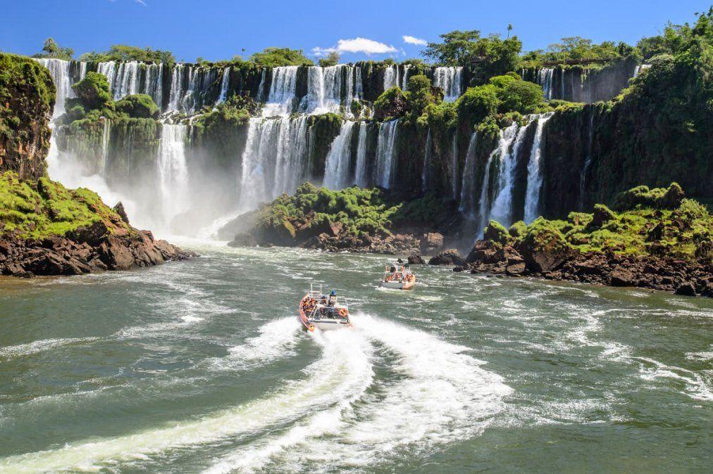 Las Cataratas del Iguazú son una de las 7 Maravillas Naturales del Mundo.
