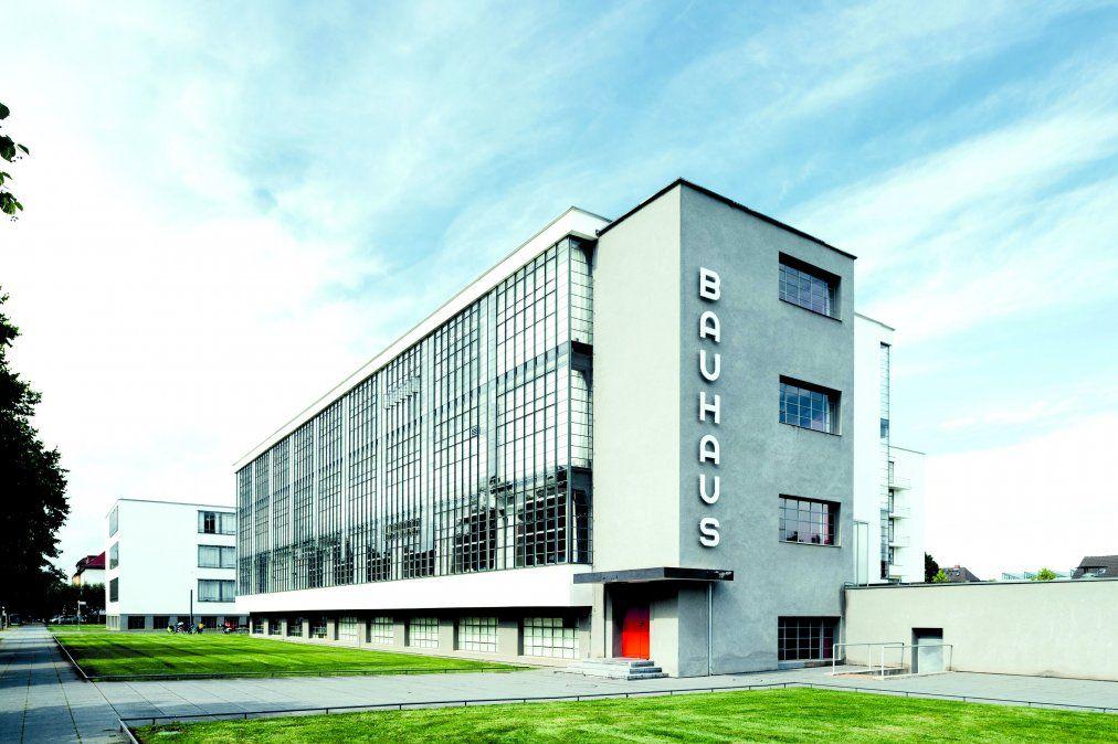 El histórico edificio donde funcionó la escuela Bauhaus entre 1926 y 1932