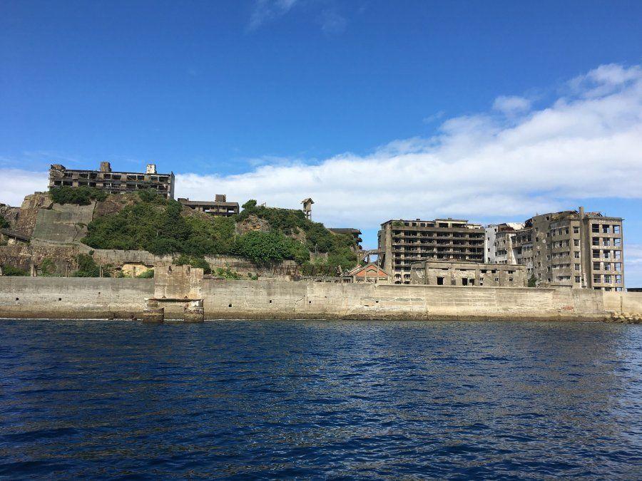 La isla de Hashima es destino de excursiones. Sin embargo