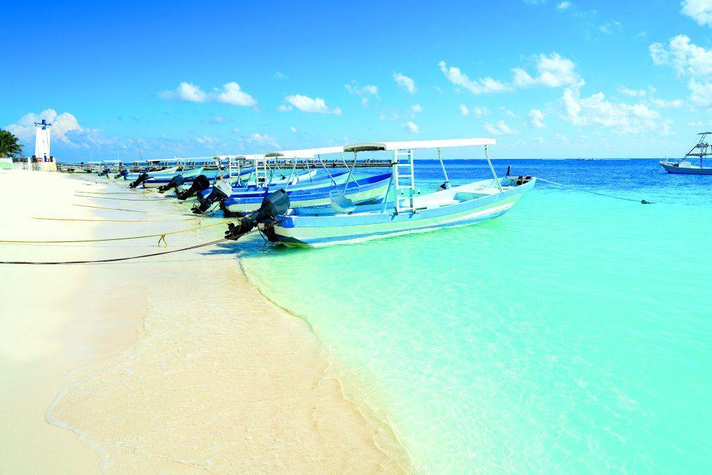 Las playas de Puerto Morelos son consideradas las mejores del Caribe