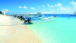 Las playas de Puerto Morelos son consideradas las mejores del Caribe,