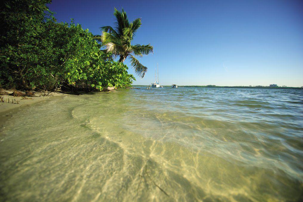 Uno de los puntos fuertes del destino son sus playas. Hay varias cerca