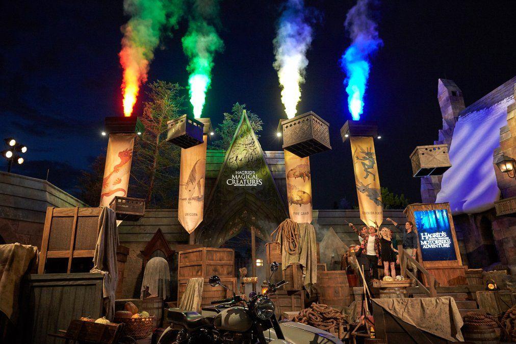 La nueva atracción quedó inaugurada con una impactante fiesta.