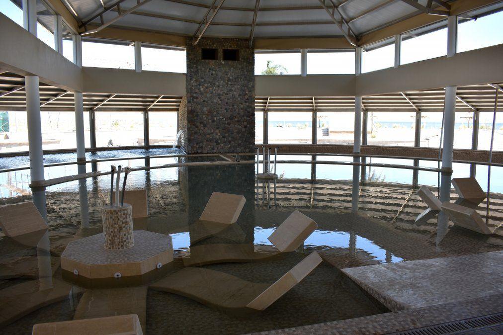 El Parque Termal Mar de Epecuén utiliza las aguas y el fango del lago Epecué