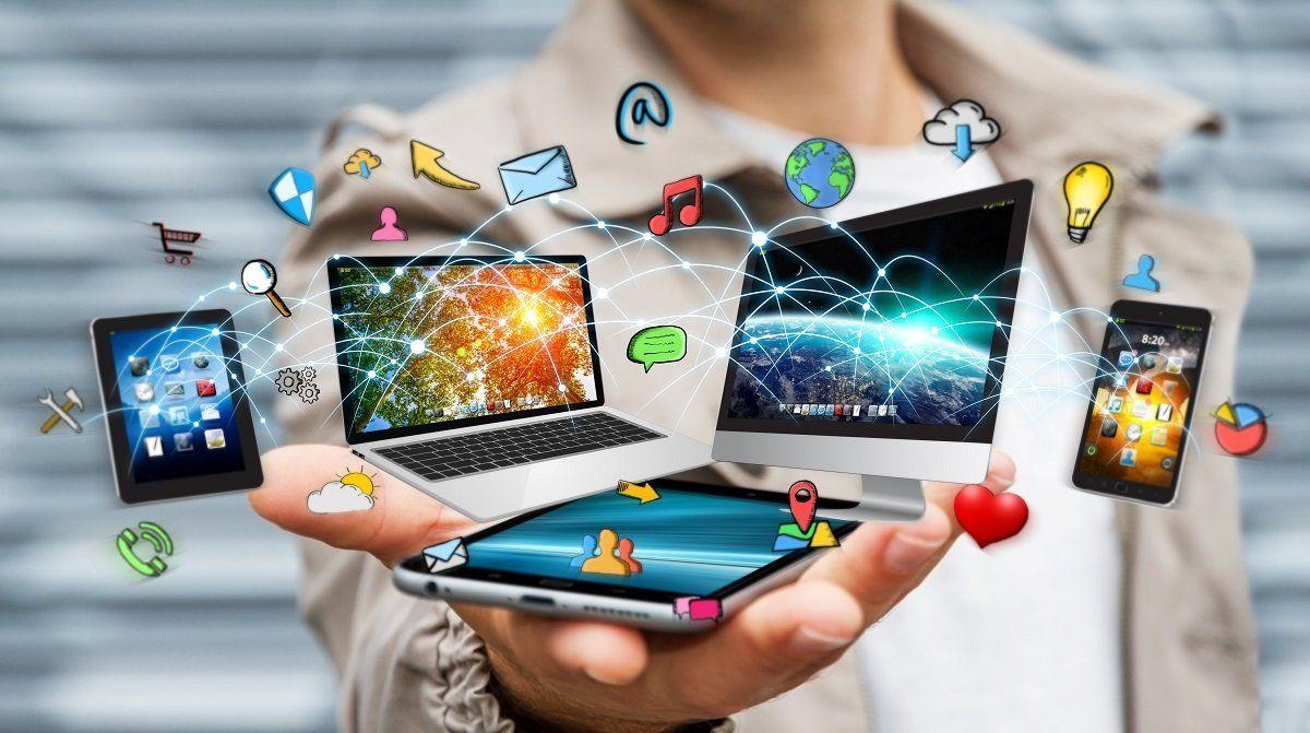 Entre las manifestaciones tecnológicas más prometedoras de la revolución digital en el sector del turismo destaca la gestión móvil Smart Hotel.