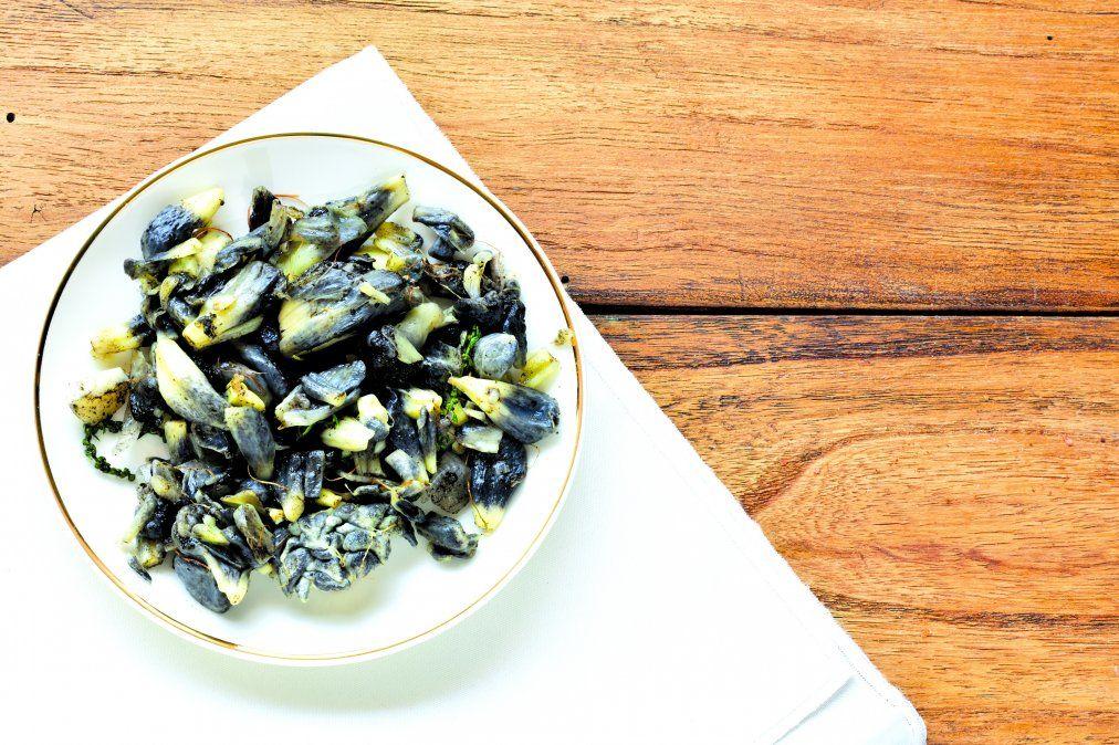 El huitlacoche es otro plato esencial.