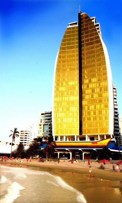 El Be Live Experience Cartagena Dubai ostenta un puente de cristal ubicado en la planta 29