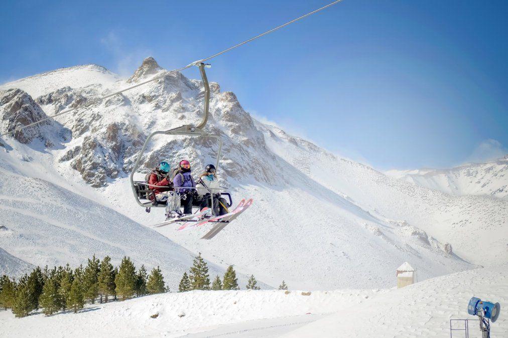 Este es un buen momento para escaparse a esquiar a Las Leñas