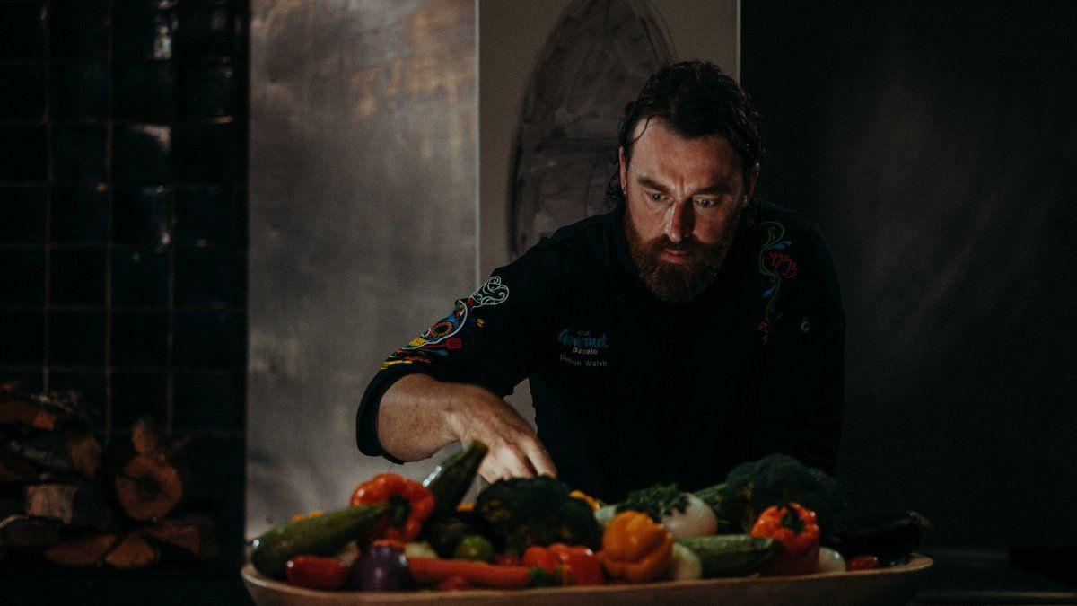 El chef Darren Walsh en acción.