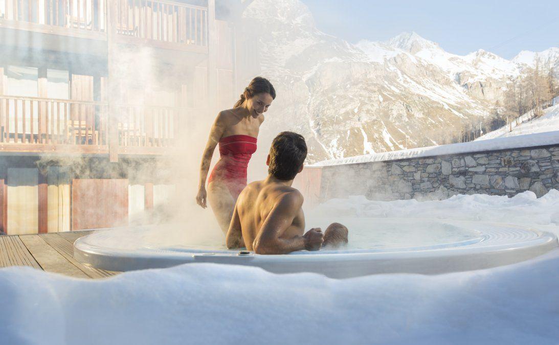 Después del esquí puede venir un merecido relax en las instalaciones del village.
