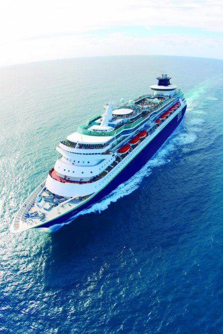El Monarch es uno de los cruceros más imponentes de la compañía.