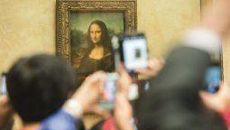 La Mona Lisa está en Francia a pesar de que Da Vinci era italiano.