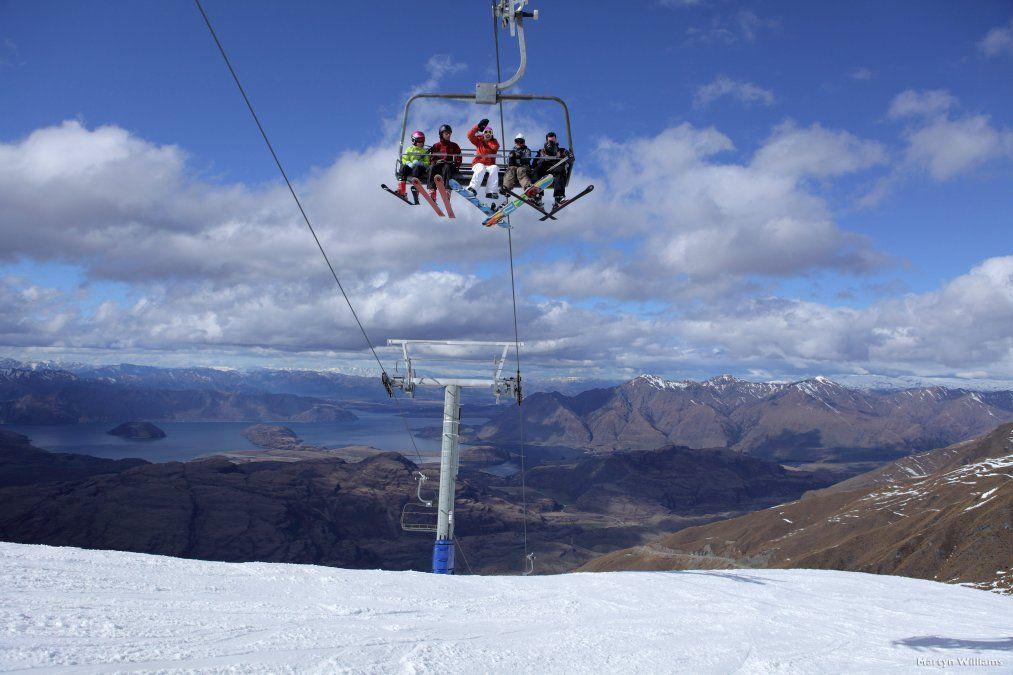Queenstown y Wanaka son dos hermosas ciudades que cuentan con cinco estaciones de esquí fabulosas