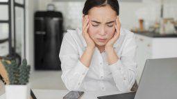 Muchos de los trabajadores que realizan home office muestran síntomas de estrés y agotamiento.