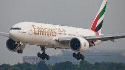 Boeing B-777 Emirates.